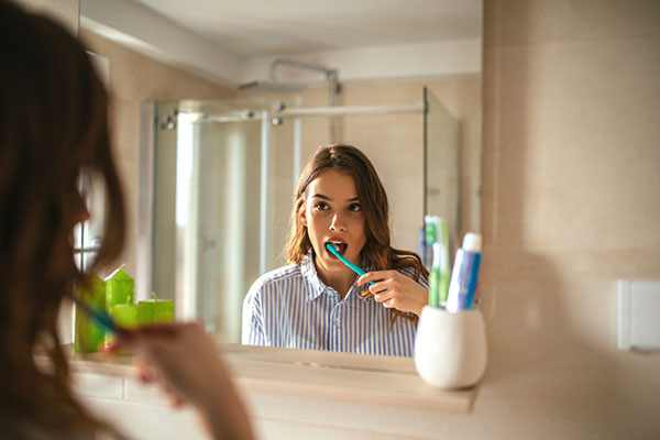 Is it necessary to brush your teeth before dentist appointment?